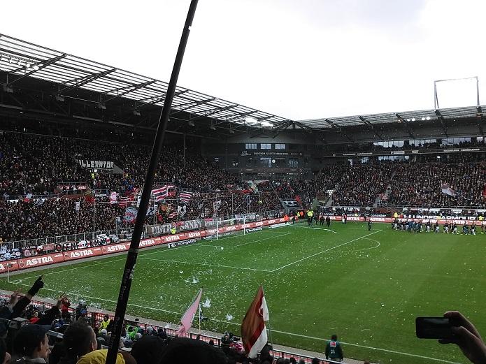 Magischer FC St. Pauli vs. Hannover 96 Maerz 2017