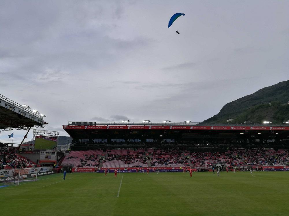 MagischerFC-Brann-Stadion-innen