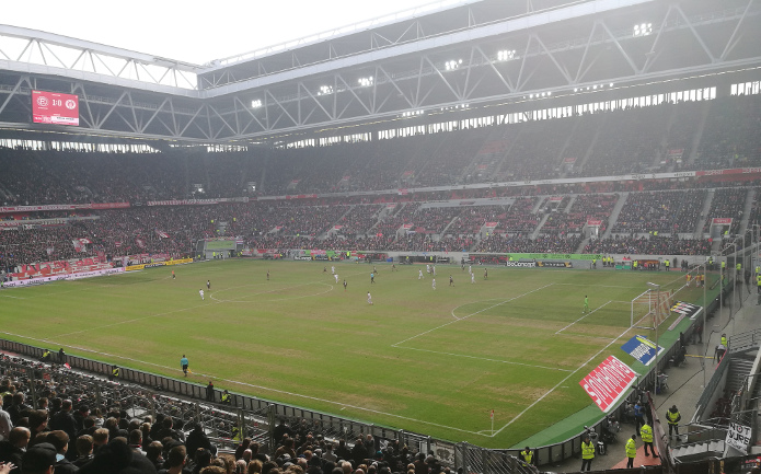 MagischerFC-Fortuna-Duesseldorf-vs.-St.-Pauli-Maerz-2018