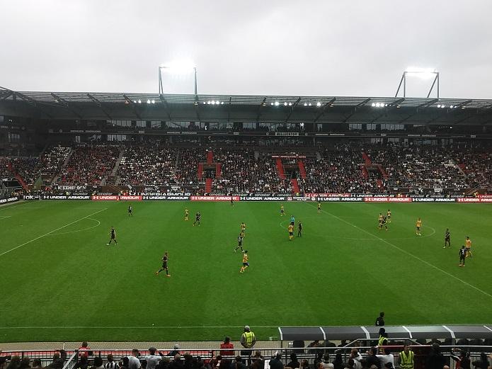 MagischerFC St. Pauli Eintracht Braunschweig August 2016-2