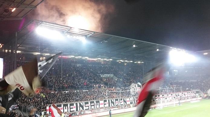 MagischerFC St. Pauli FSV Frankfurt Februar 2016 Feuerwerk