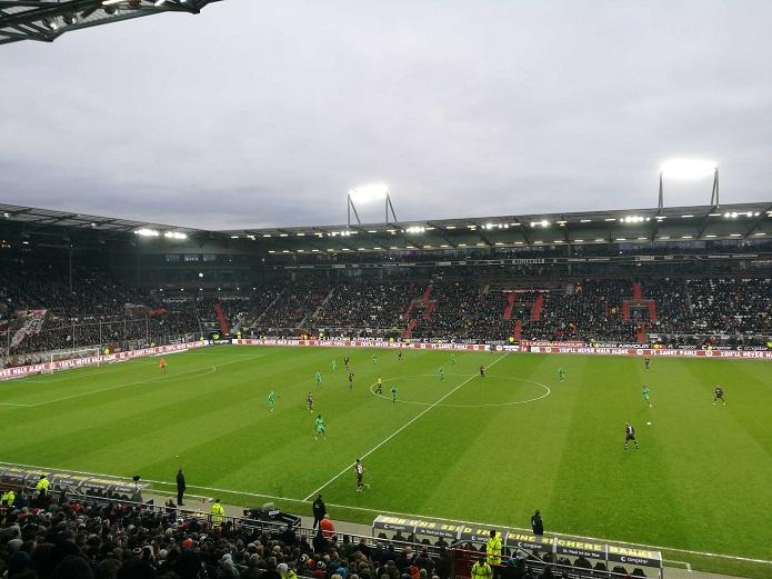 Magischer FC St. Pauli vs. Greuther Fürth Dezember 2018