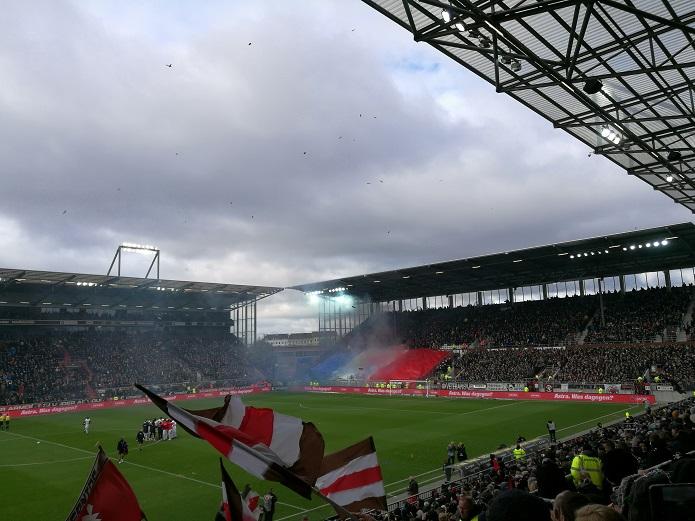 Magischer FC St. Pauli vs. Holstein Kiel Oktober 2018